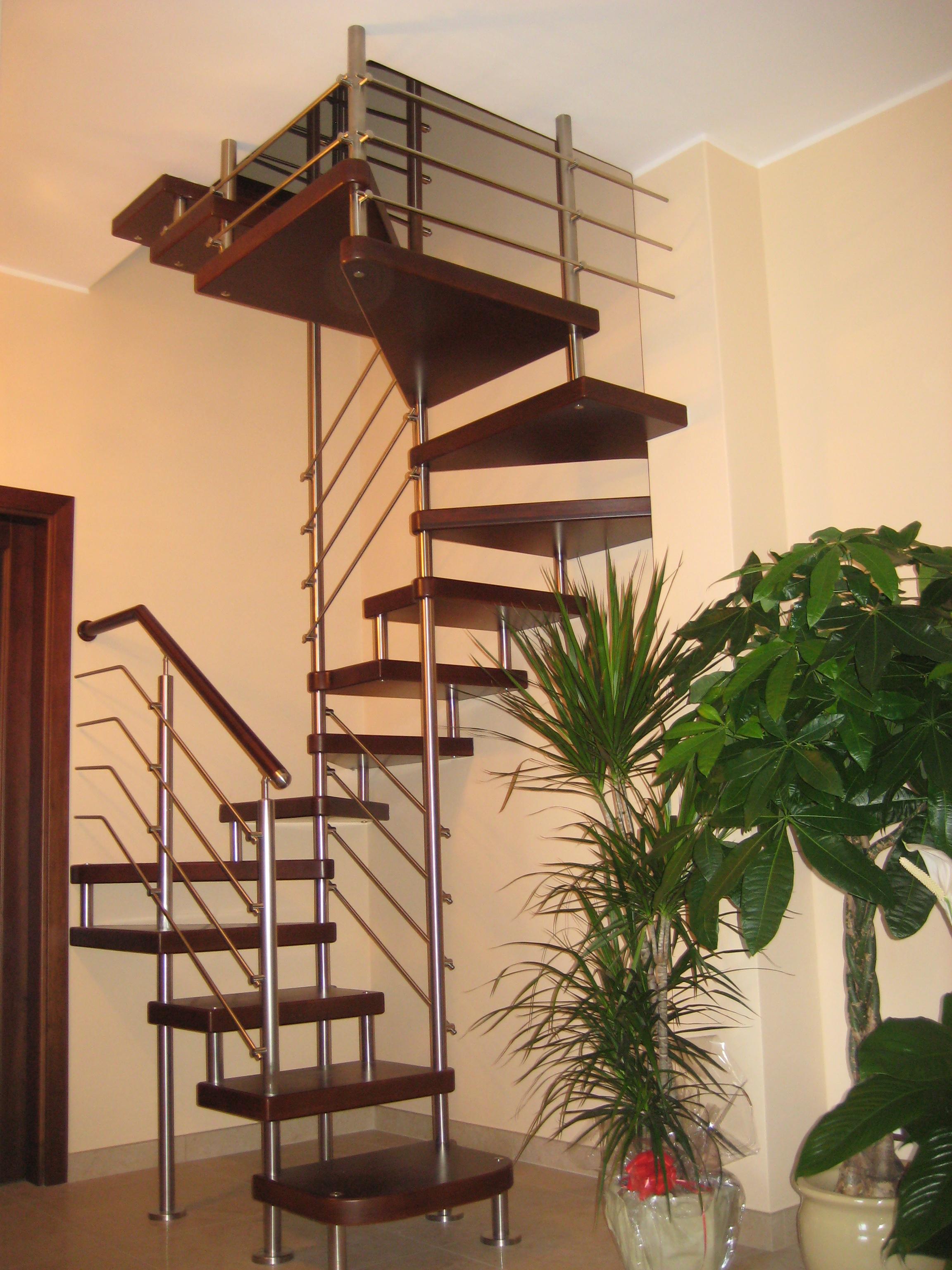 Scale a chiocciola scale su misura lecce racale for Crea progetto casa