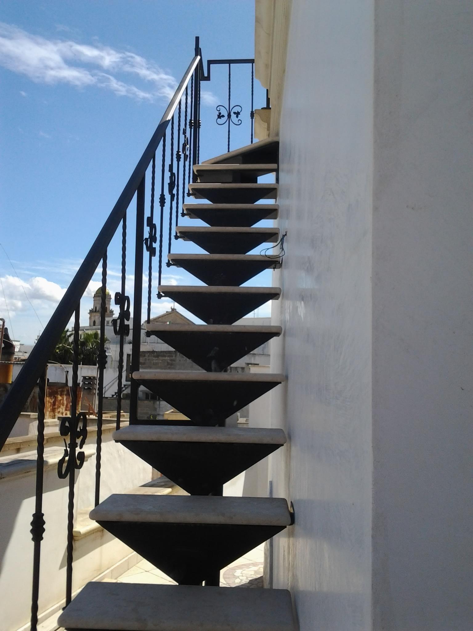 Scale esterne scale su misura lecce racale progetto casa - Foto scale esterne ...